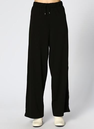 Only Only Geniş Kesim Siyah Pantolon Siyah